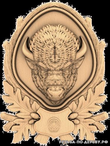 Резное панно Зубр (охотничье) из дерева
