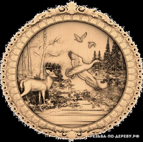 Резное панно Жизнь леса - олень и птицы из дерева